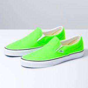 Brand new Classic Slip-on Vans size 10.5 in men's